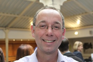 Dr Chris Kipps