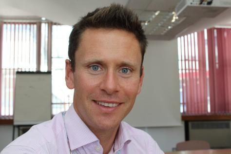 Dr Ryan Buchanan